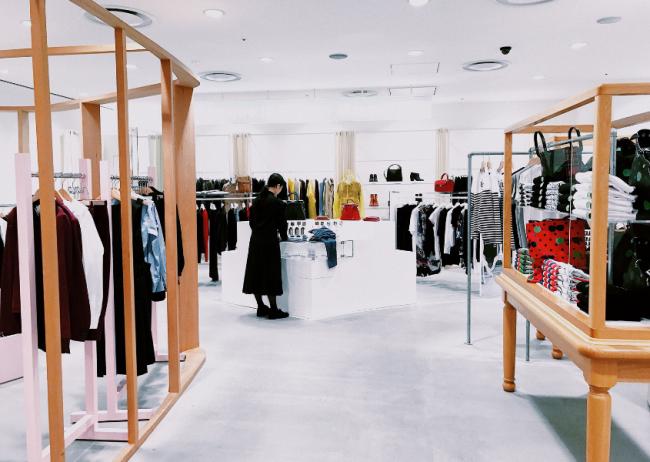 Il ruolo del negozio dopo la crisi: ecco da dove riparte la Generazione Z!