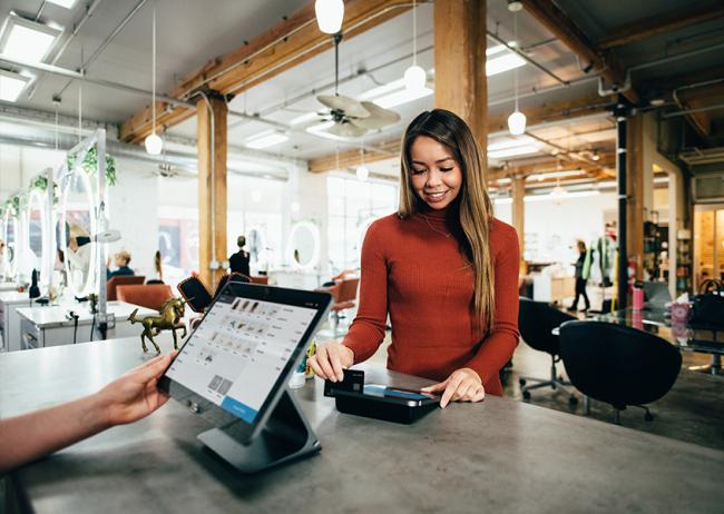 Intelligenza Artificiale e Retail: quanto impatta sulla fidelizzazione?