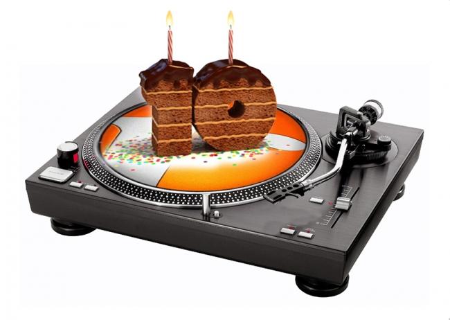 tailoradio_radio_instore_music_design_personalizzato_background_music_digital_signage_buon_compleanno_10_anni