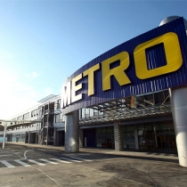 Radio Metro is the radio channel for Italian stores Metro Cash and Carry. A mix of Italian and international hits, and most of all editorial and promotional contents for a fresh and non-stop listening
